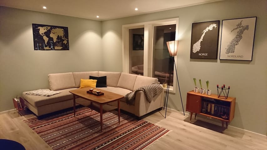 Modern, bright and central. New Renovated House.