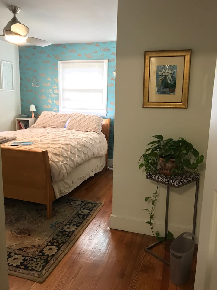 Cozy Private Room/Bath Minutes to Downtown Durham