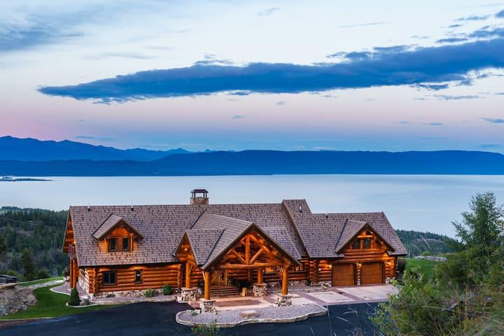 Coyote Bluff Estate King Honeymoon Suite