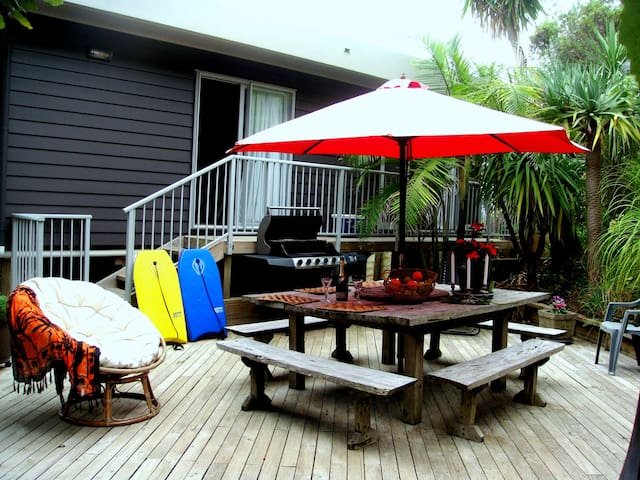 Courtyard Retreat Studio is RIGHT FOR YOU - Ahipara - Apartment