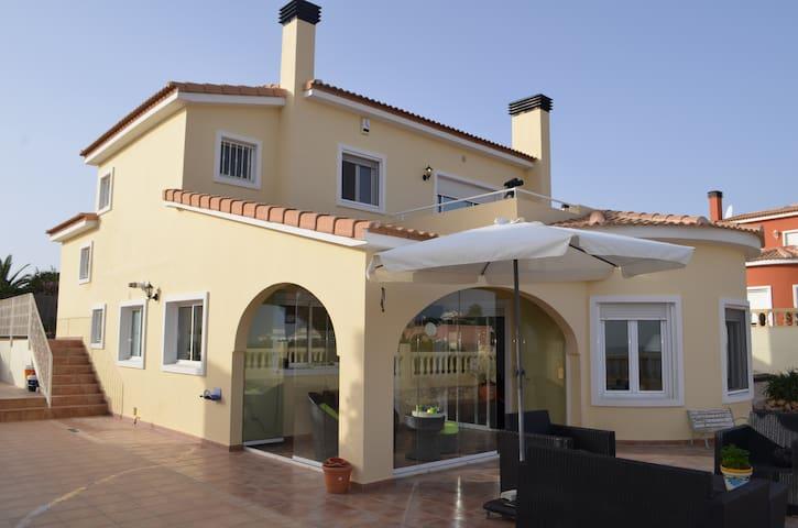 vrijstaande villa met prive zwembad - Gata de Gorgos - Casa de camp