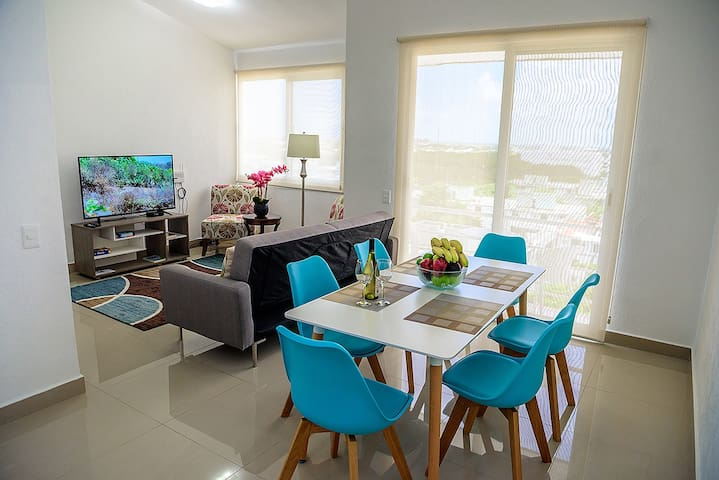 E-703 Cozy Modern Apartment in Cancun Downtown