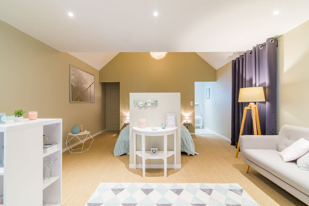 suite avec jacuzzi privatif guesthouses for rent in martragny normandie france. Black Bedroom Furniture Sets. Home Design Ideas