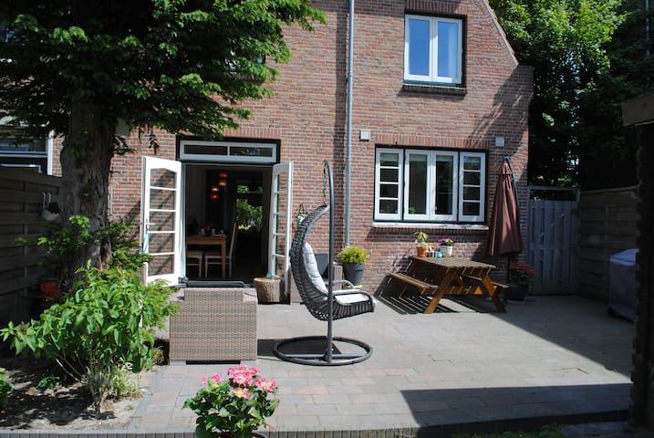 Sit Joy Basic Square Zitzak.Airbnb Duinwijk Vacation Rentals Places To Stay Noord