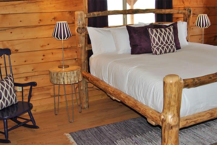 The Wild Iris Suite - Encampment