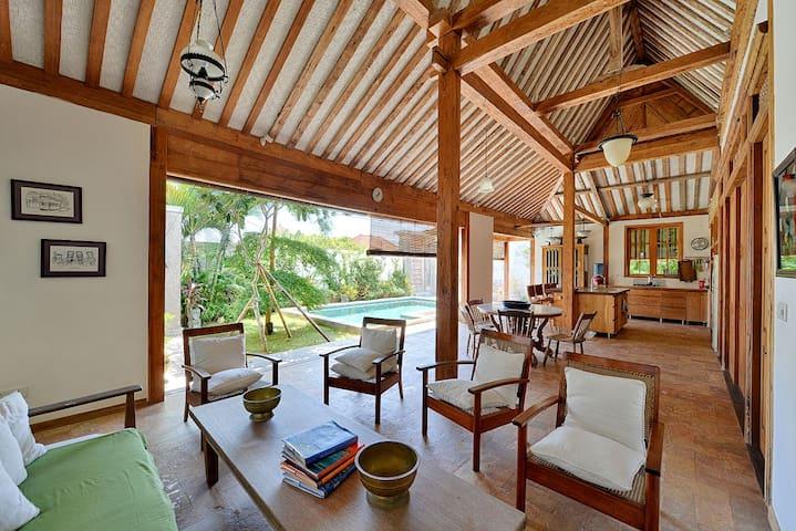 BATU BOLONG TEAK SHARED HOUSE - Badung Regency - House