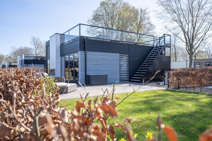 Residence Cube mit Dachterrasse. Meerblick+Strand