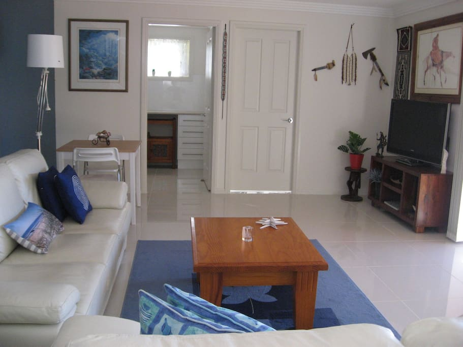 Ambiance in shellharbour guest suites for rent in for Ambiance australia