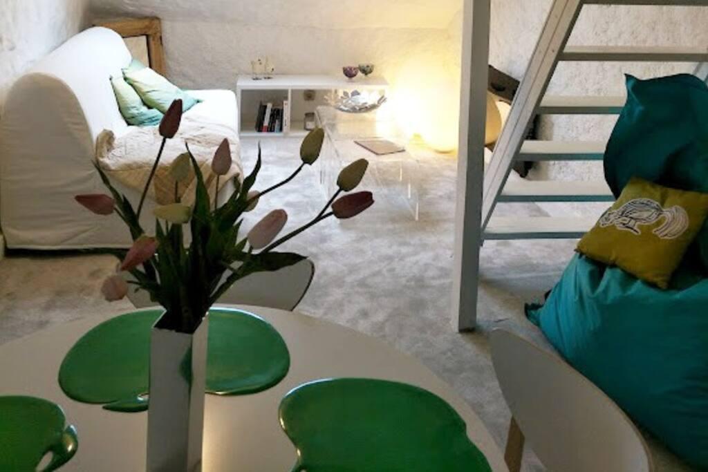 Dijon centre appartement cosy appartements louer for Appartement atypique dijon louer