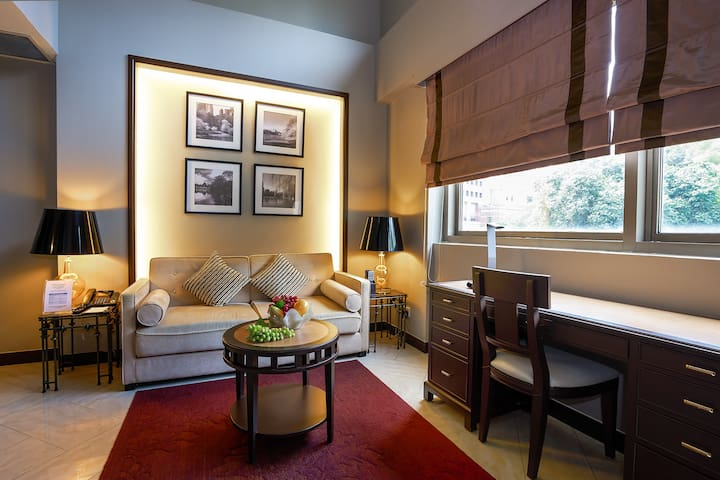 Elegant Loft in the Heart of Orchard Road