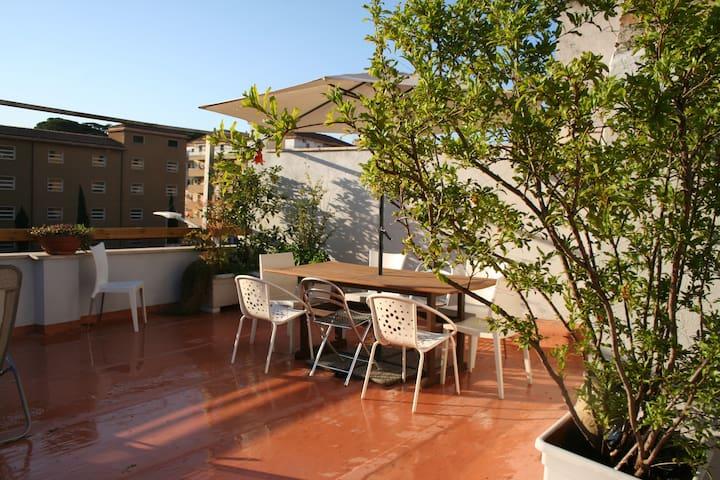 Room in centralCityVillas+terrace on Pigneto