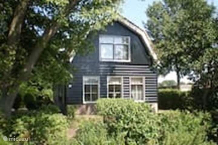 Apartment near Haarlem centre for 4 persons.