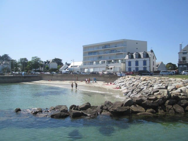 Charmant studio 50 mètres de la plage avec 2 vélos