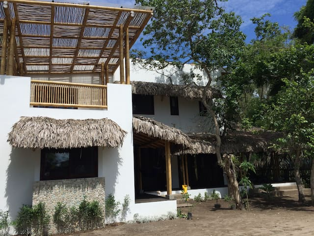 Beach House in Ayampe. - Ayampe - House
