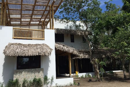 Beach House in Ayampe - Ayampe