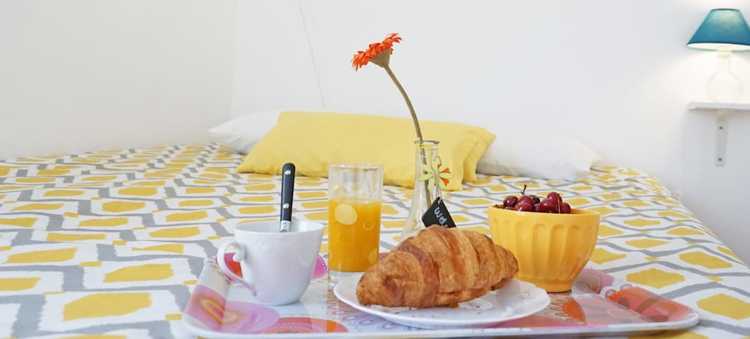 D Wan  Guest House Two | Peniche Room