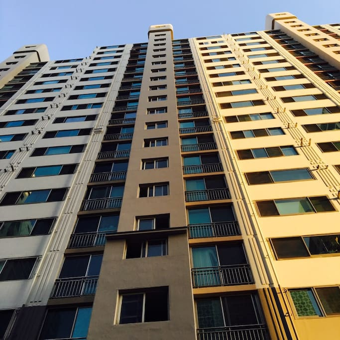 101 Building