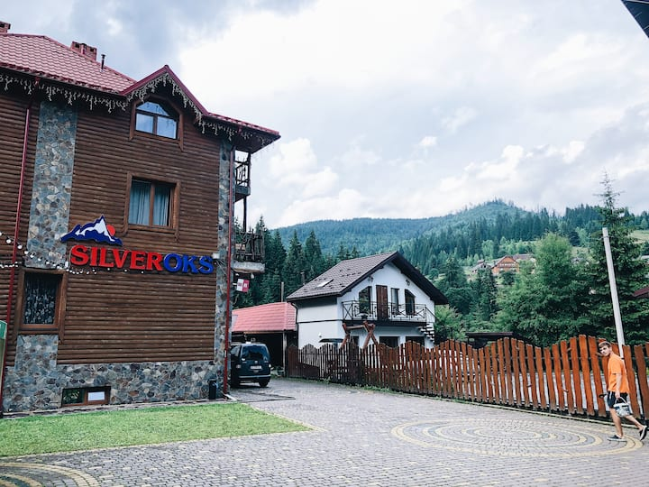 "Hotel ""SilverOks"""