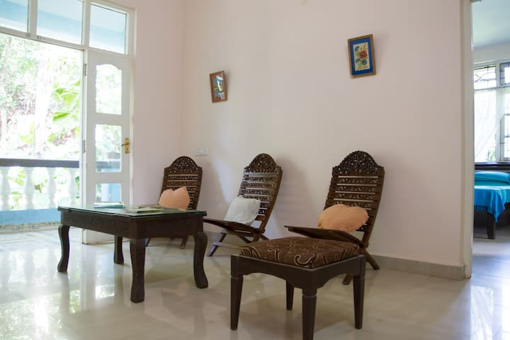 2 BHK Villa in serene location @ Verna - South Goa - Bed & Breakfast