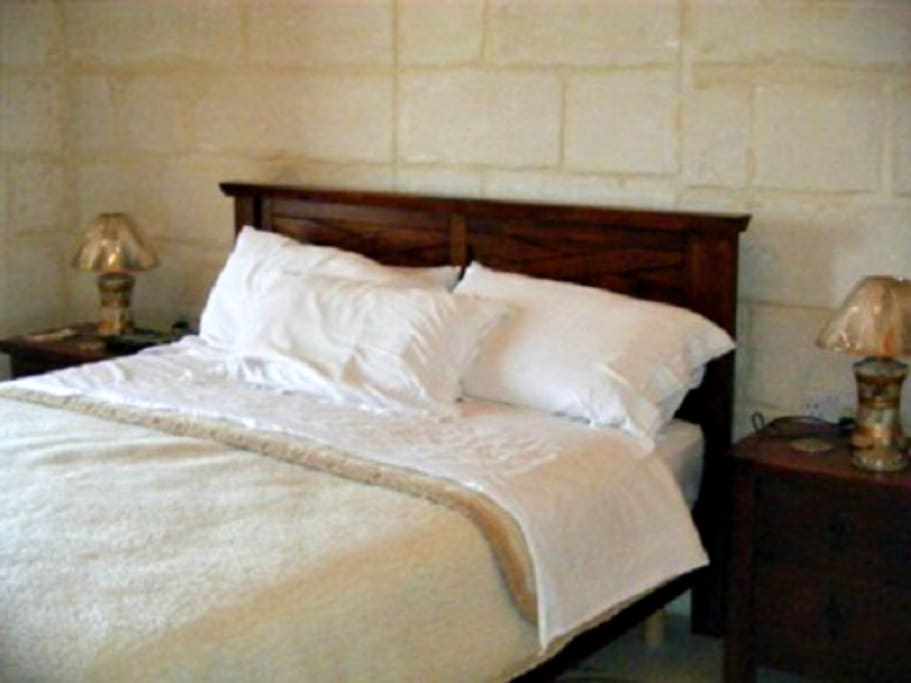 Imgarr Farmhouse 3 Bedroom -  Air-condition - Outdoor Pool - Jacuzzi - Sleep 6/8 pers