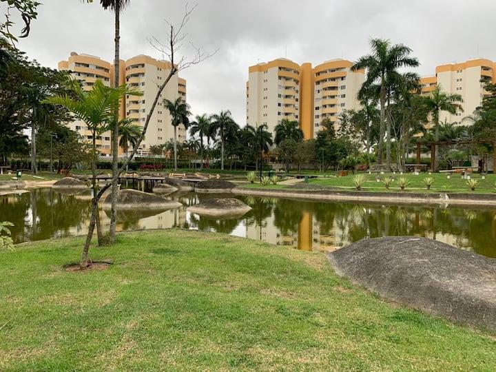Apartamento mobiliado na Barra da Tijuca/ RJ