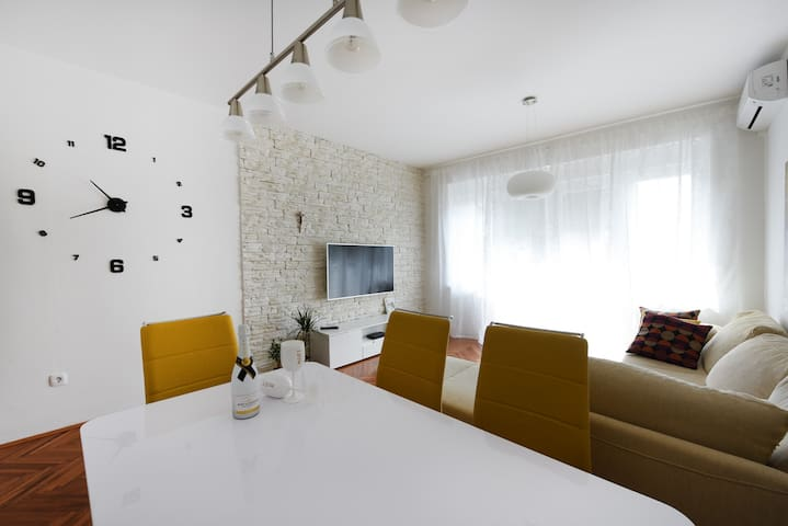 Beautiful Apartment Zadar-5 min from center