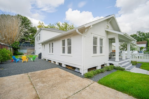 Garland Bungalow in the Historic Houston Heights