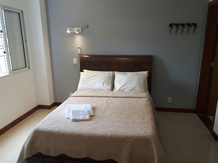 Suite aconchegante  (706 norte)