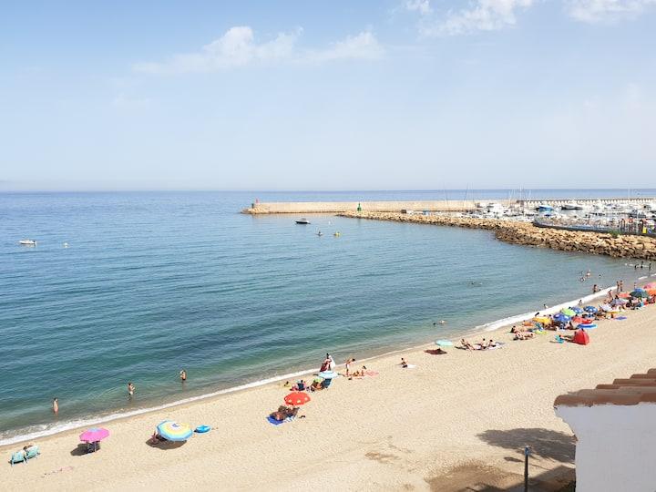 Primera línea de playa. Espectaculares vistas !!