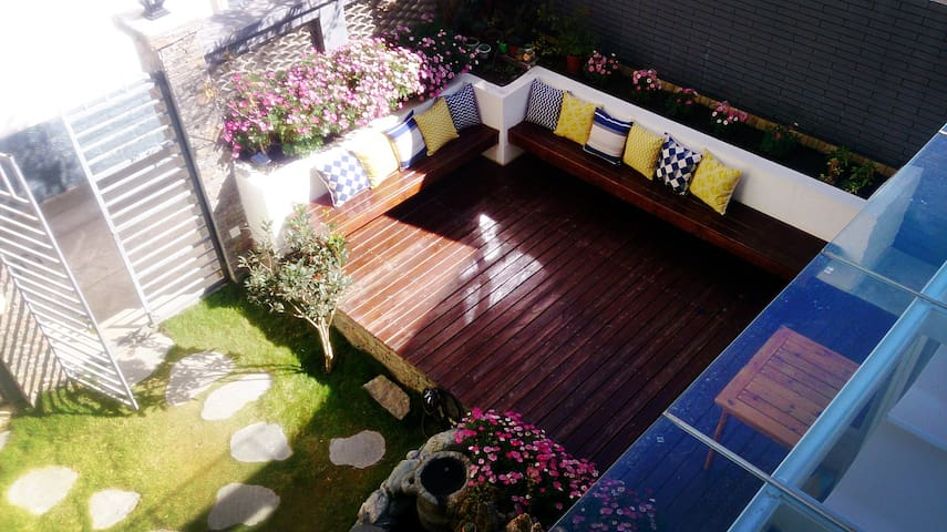 Cozy double bed room/Always Sunshine Villa of Dali