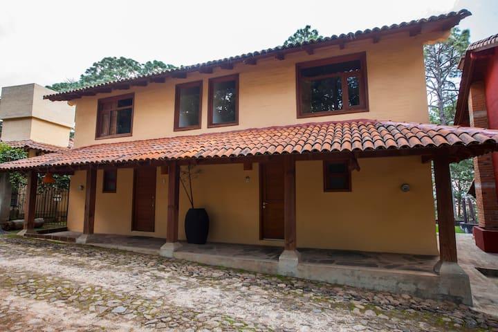 Villas Santiago C2. Hermosa y acogedora cabaña.