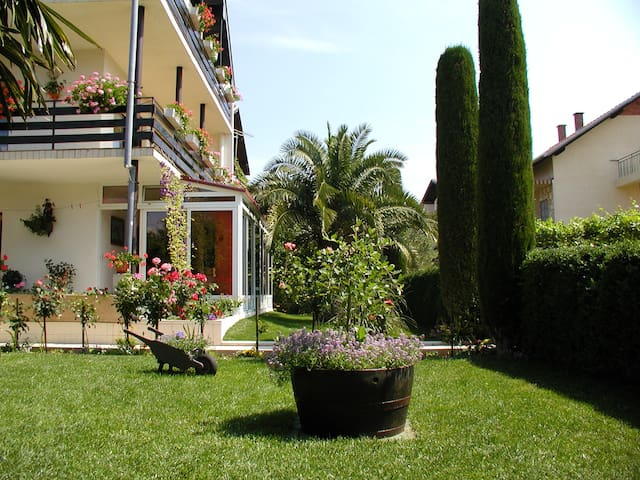 Villa Mautner - Room with Terrace 3 - Vodice - วิลล่า