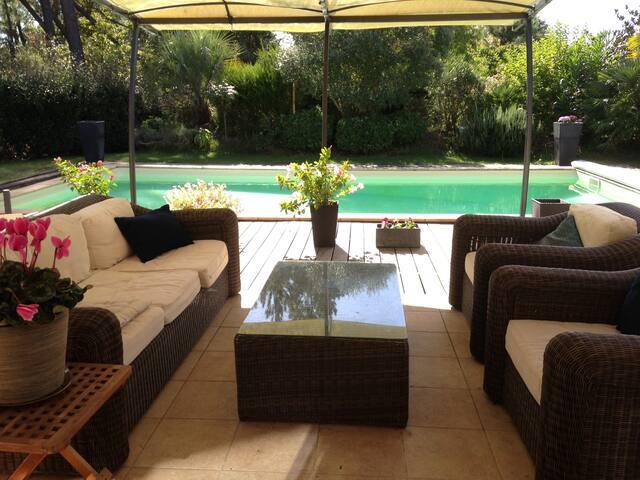 Chambres dans maison avec piscine - Biscarrosse - House