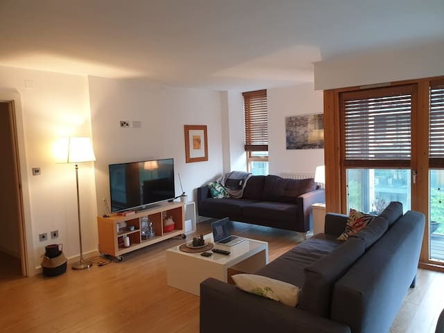 Double bedroom, City Centre, Grand Canal Dock