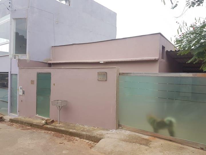 Casa ao lado do Inhotim MECA (800mts)