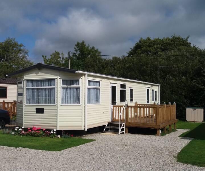 Comfortable, cosy, caravan in Bude, Cornwall.
