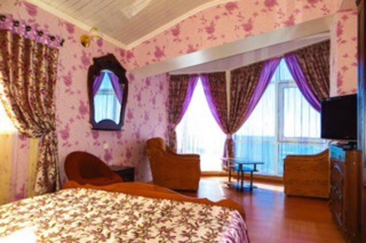 Апартаменты двухкомнатные с видом на море