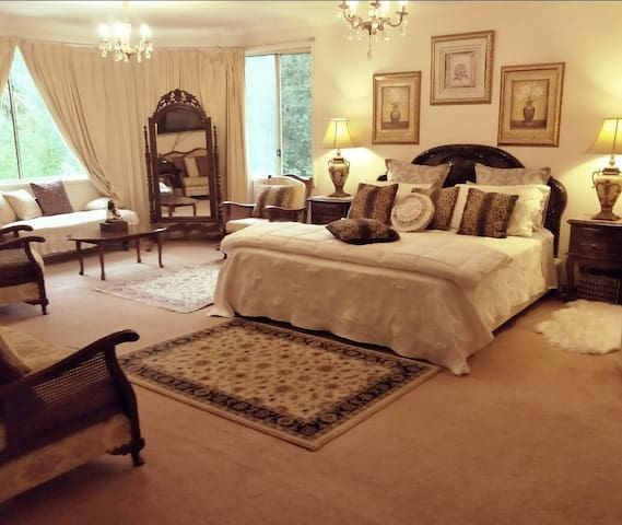 Beautiful Large Room with Ensuite