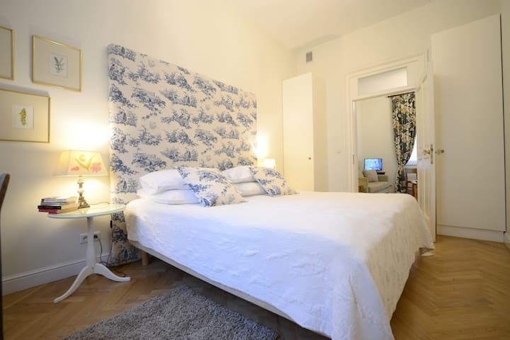 Crystal Suites Old Town - apartament Deluxe