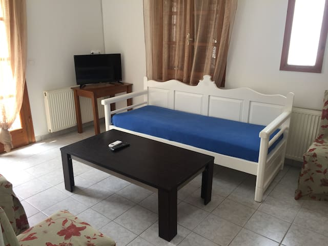 Depis apartment with 2 bedrooms, naxos town