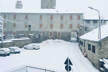 """Perletto con la neve. In questo paese riesci a percepire il """"rumore della neve che cade. Fantastico!"""