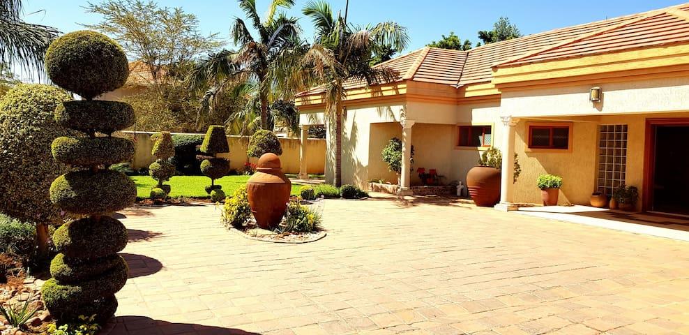 Comfort Villa (Phakalane)