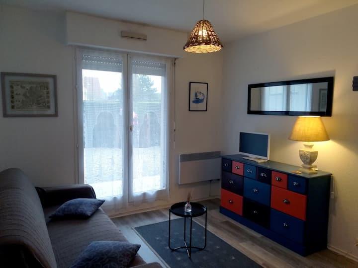 Appartement lumineux avec accès direct plage