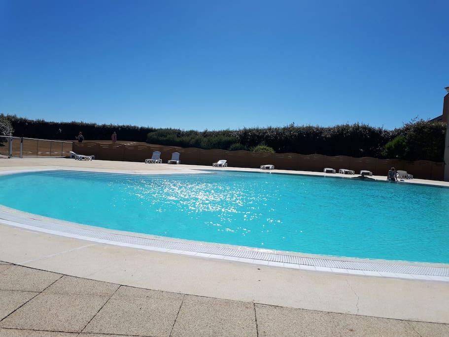 superbe piscine chauffee