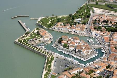 Port Saint Martin de Ré - Tour de France 2020
