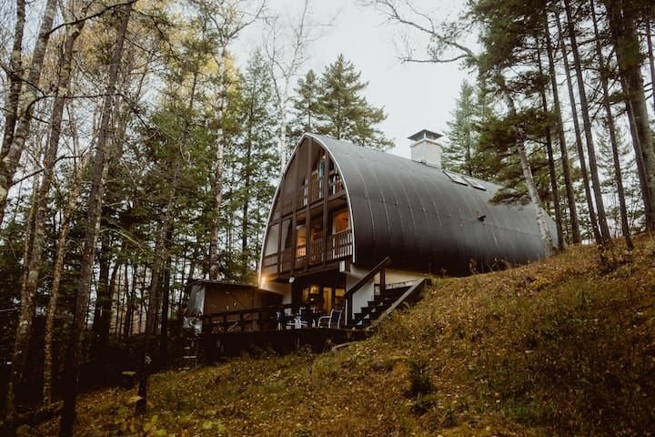 Architect's Brookside Cabin