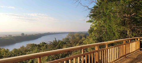 Beautiful Secluded Home With a breathtaking view