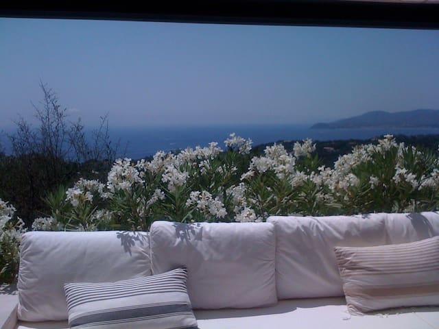 Gigaro, votre fenêtre sur la mer - La Croix-Valmer - 단독주택