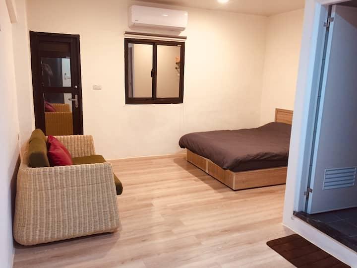 平溪老街乾淨舒適的雙人陽台獨立房