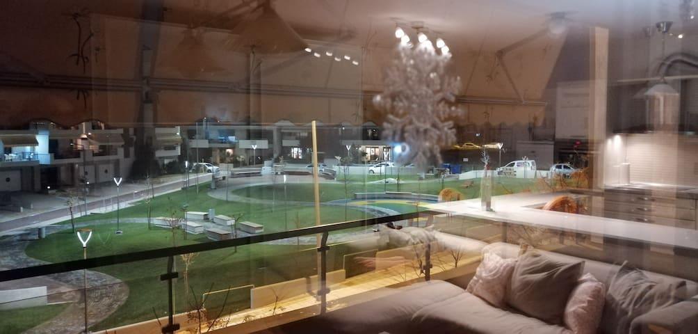 Thessaloniki Airport & Mall Apartment